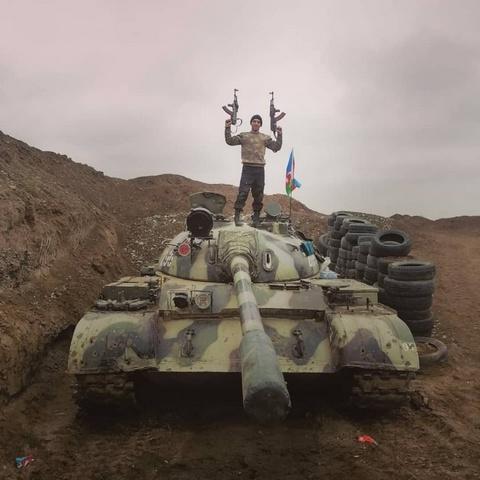 Xe tăng T-55 của Quân đội Azerbaijan trong cuộc chiến tranh Karabakh. Ảnh: TASS.
