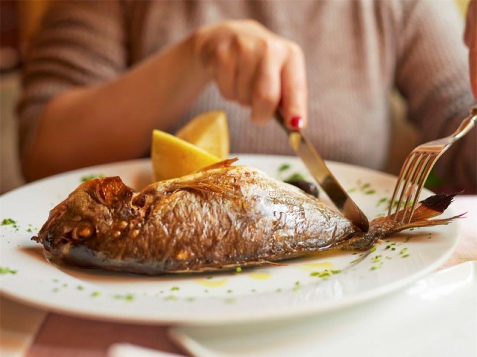 5 thời điểm tuyệt đối không được ăn cá gây nguy hiểm cho cơ thể