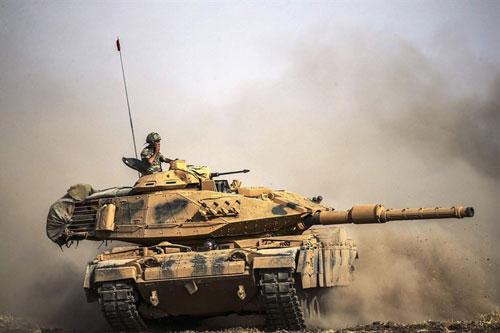 APS không hoạt động khiến tăng Thổ Nhĩ Kỳ 'cháy như ngả rạ'