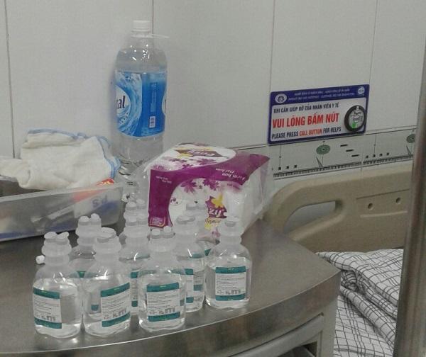 Phú Thọ: Bệnh nhân cấp cứu bức xúc vì phải tự mua dịch truyền