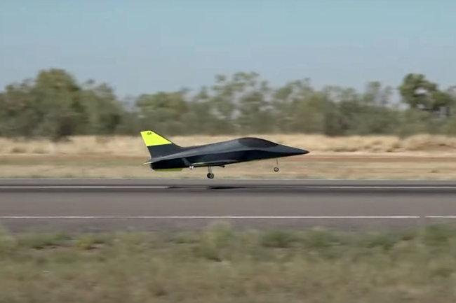 Máy bay không người lái có AI sẽ là tương lai của hàng không thế giới. Ảnh: Boeing.