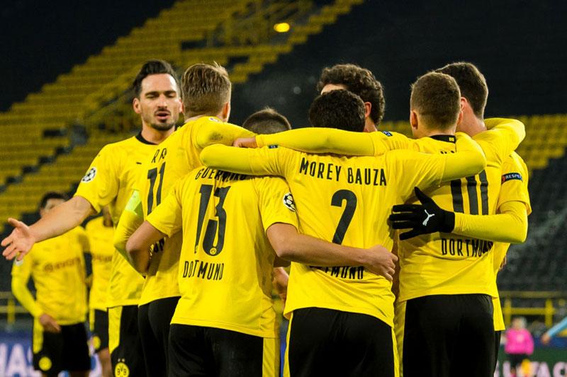 Dortmund vừa giành vé đi tiếp.