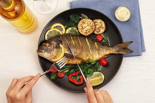 Ăn cá mỗi ngày cơ thể sẽ thay đổi ra sao?