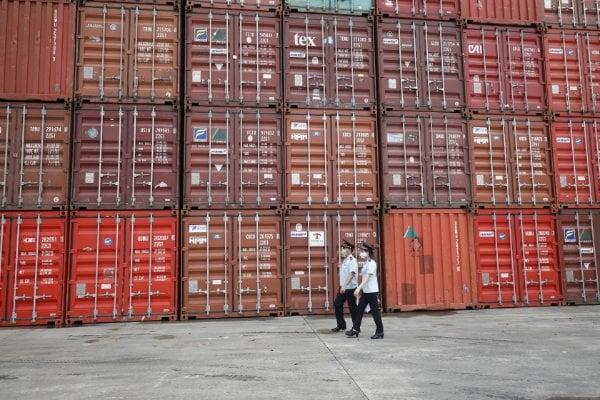 Khởi tố hình sự Công ty Dệt May Sunrise Việt Nam nhập khẩu linh kiện máy móc đã qua sử dụng