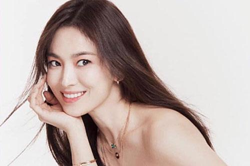Song Hye Kyo: 'Mẹ là nguồn hỗ trợ lớn nhất cho tôi'