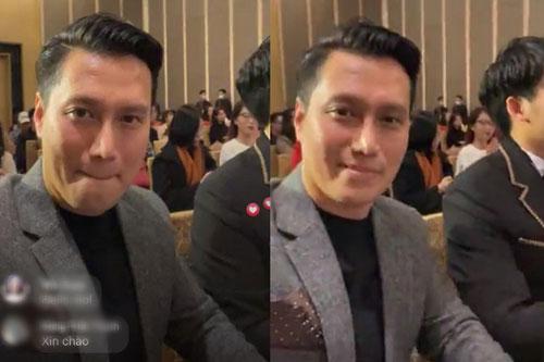 """Netizen muốn """"ngã ngửa"""" vì nhan sắc của Việt Anh trên livestream"""