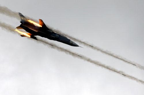 Không quân Nga-Syria đẩy mạnh không kích IS