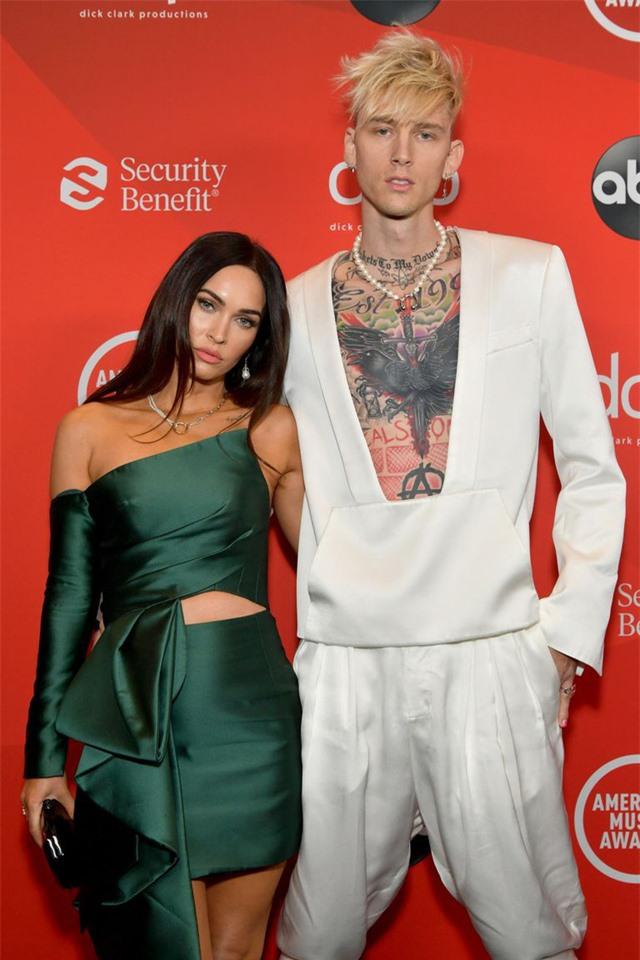 Megan Fox mong muốn nhanh chóng ly hôn - Ảnh 1.