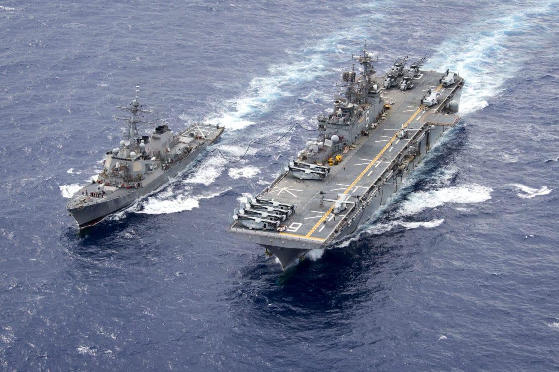 Sức mạnh khủng khiếp siêu tàu đổ bộ Mỹ vừa bị loại biên do hỏa hoạn
