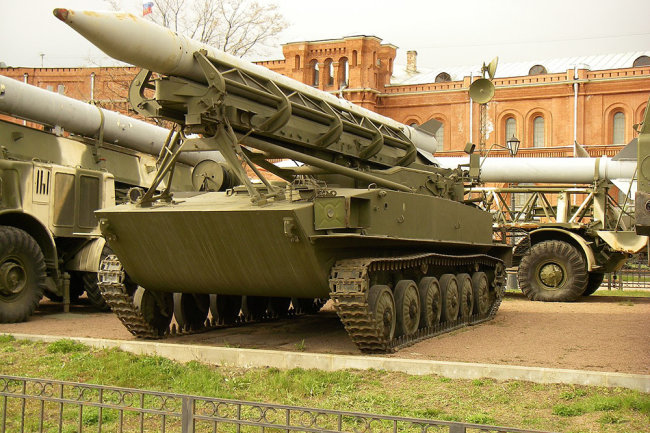 Hệ thống tên lửa chiến thuật 2K6