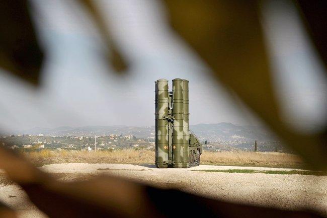 Hệ thống tên lửa phòng không S-400 Triumf của Nga đã tiêu diệt thành công mục tiêu ở độ cao 15 km. Ảnh: Zvezda.