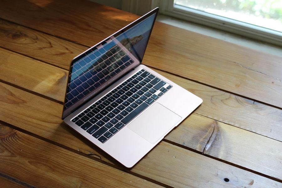 4. Apple MacBook Air 2020.