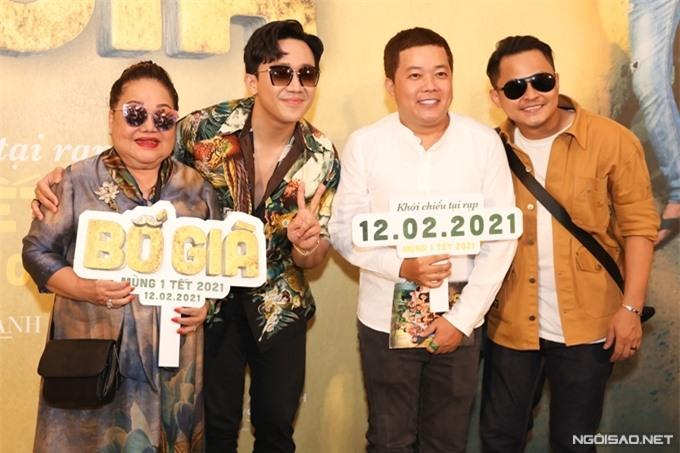 NSND Ngọc Giàu, hai diễn viên Hoàng Mèo (áo trắng), La Thành góp mặt trong phim.