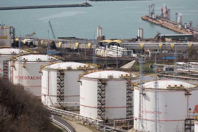 Giá xăng, dầu (5/12): Duy trì đà tăng