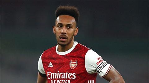 Aubameyang lại 'tàng hình', Arsenal thua Tottenham cũng đáng