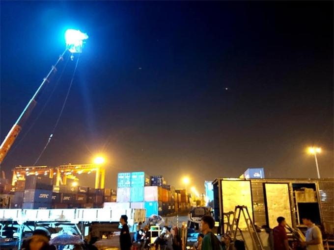 Bối cảnh phim 578 tại Hải Phòng là một bãi container lớn. Đoàn phim huy động xe cần cẩu để phục vụ việc ghi hình.