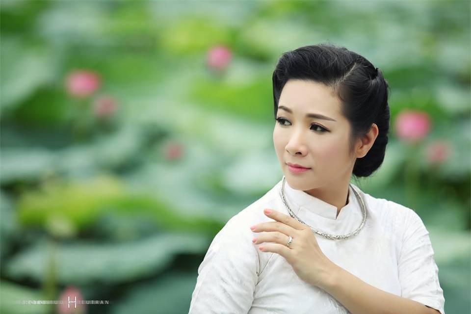 Phản ứng trái ngược của Thanh Thanh Hiền và Chế Phong sau khi ly hôn - Ảnh 4.