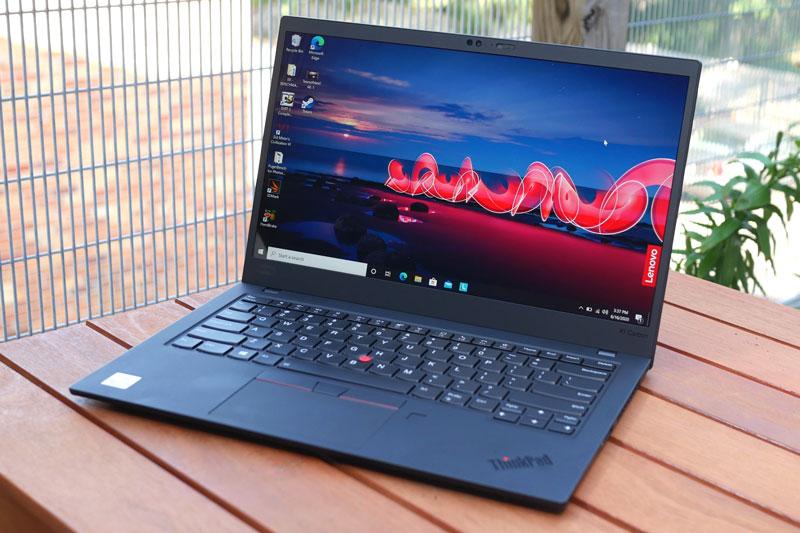 1. Lenovo ThinkPad X1 Carbon Gen 8.
