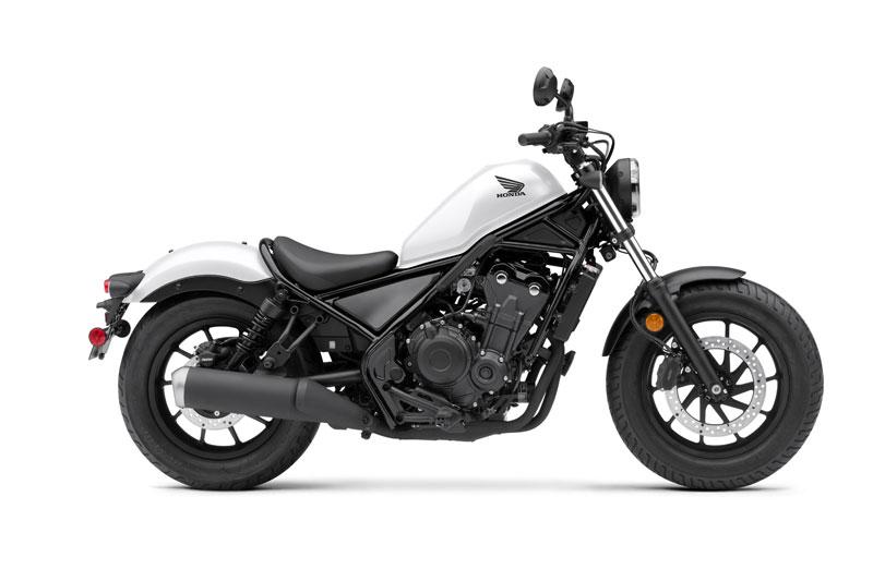 2. Honda Rebel 500 (giá: 6.299 USD).