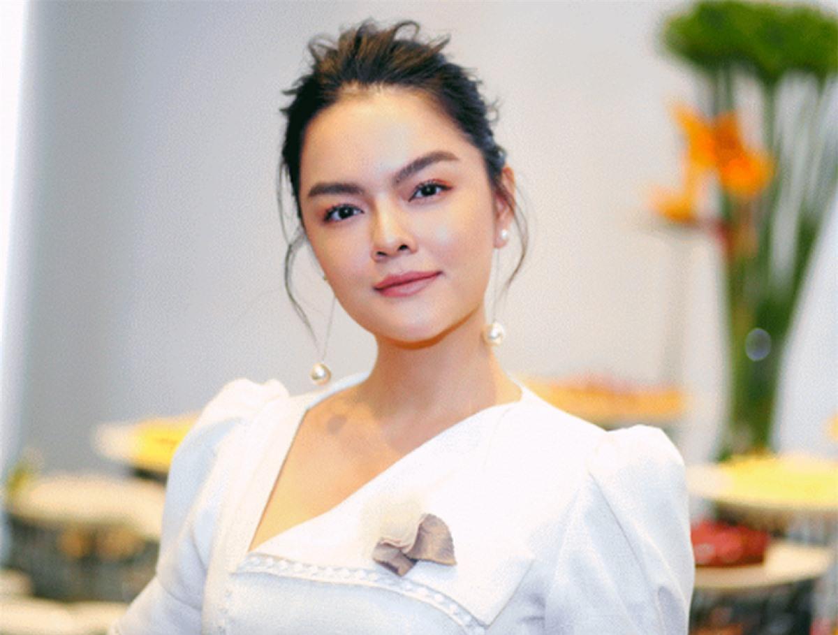 Phạm Quỳnh Anh.