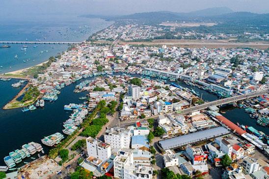 Phú Quốc thành thành phố đảo đầu tiên tại Việt Nam. Ảnh: Dân trí.