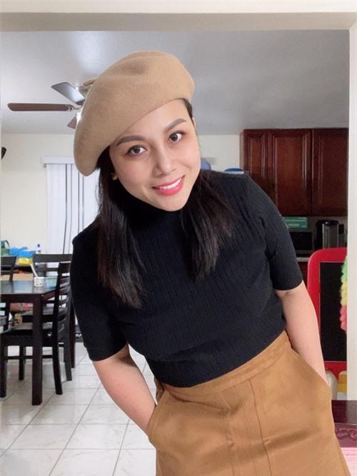 Bà xã Hoàng Anh cũng thay đổi ngoại hình, giảm 8 kg trong một tháng. Quỳnh Như tâm sự cô từng bỏ bê bản thân vì cho rằng tập trung kiếm tiền là cách tốt nhất để vun vén cho tổ ấm. Sau này, cô nhận ra làm mình đẹp hơn mỗi ngày mới là lựa chọn đúng nhất để níu giữ hạnh phúc.