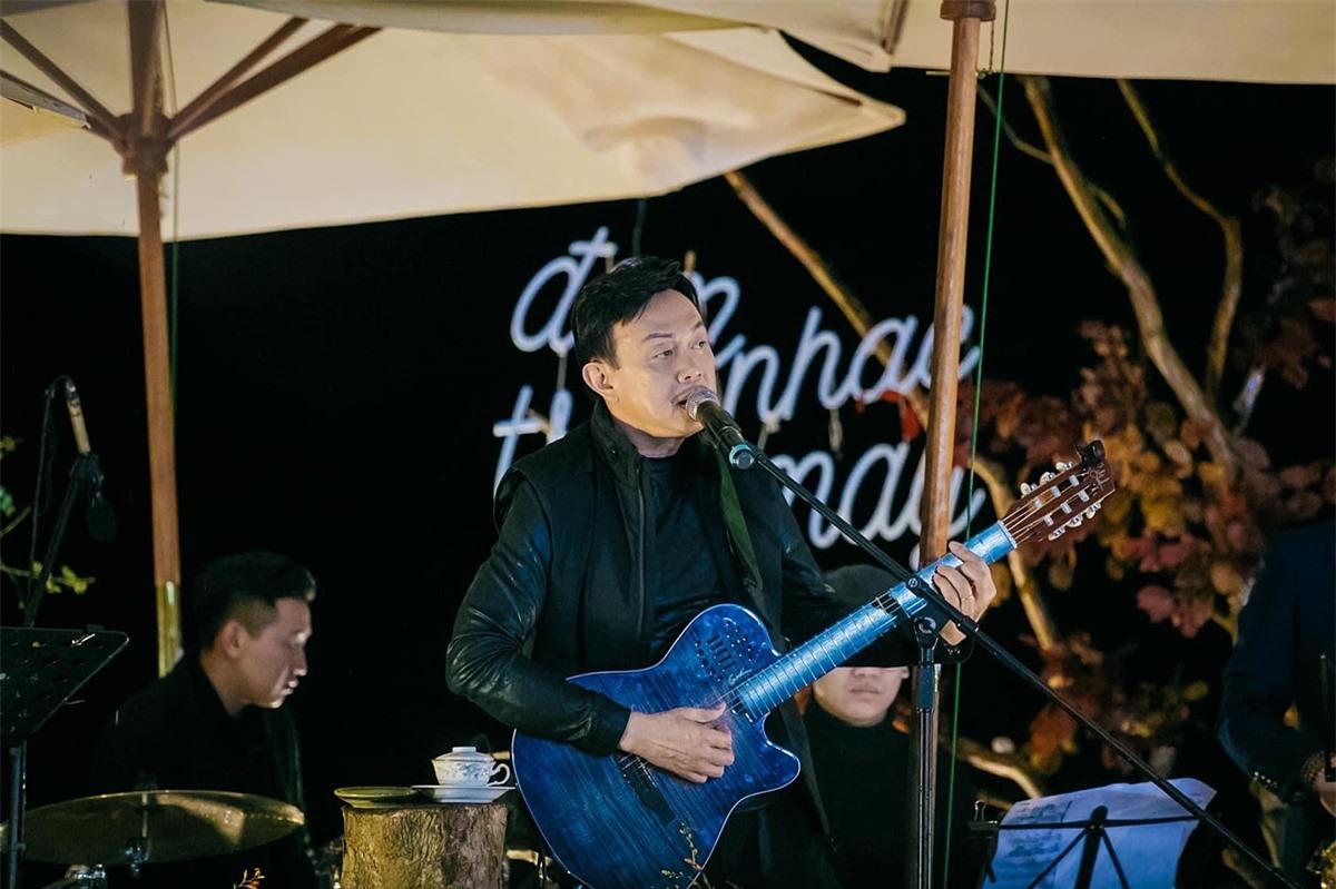 Cuối tháng 11, Chí Tài vẫn có mặt tại Đà Lạt tham gia một show diễn. Giữa không gian mưa se lạnh, cố nghệ sĩ