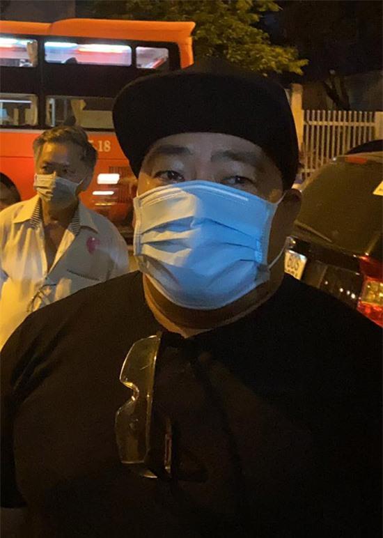 Diễn viên Hiếu Hiền vẫn chưa tin nghệ sĩ Chí Tài đã ra đi. Bởi ít ngày trước ông vẫn tham gia nhiều chương trình, sự kiện với sức khoẻ bình thường.