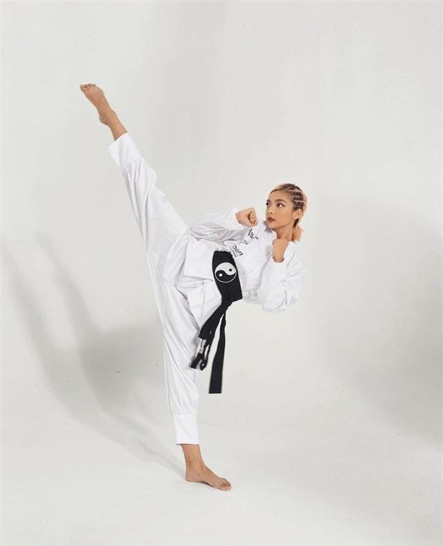 Nhan sắc nữ diễn viên 9X đai đen võ thuật là con gái hoa hậu điện ảnh - Ảnh 4.