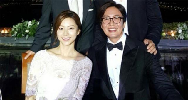 Cuộc hôn nhân kỳ lạ của ông hoàng làn sóng Hàn Quốc bên vợ trẻ - 7