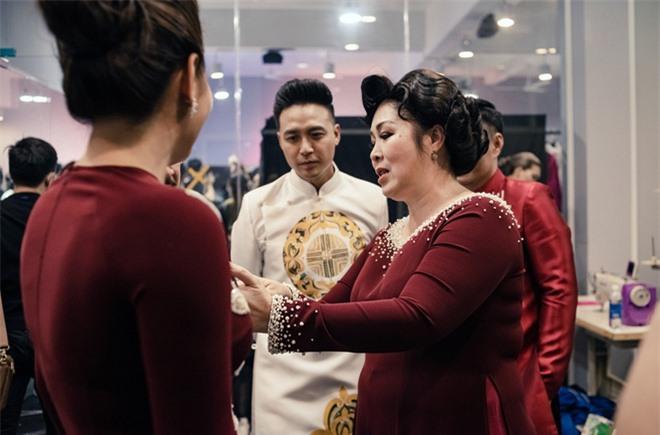 NTK Minh Châu: Khi mẹ Hồng Vân đồng ý nhận lời, cảm xúc tôi vỡ oà - Ảnh 3.