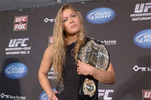 Ronda Rousey vừa giỏi đấu võ, vừa đóng phim hay