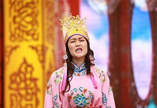 Tuổi 45 của Táo bà Vân Dung: Chấp nhận cảnh chồng Nam vợ Bắc, được gia đình nhà nội thương yêu - Ảnh 4.