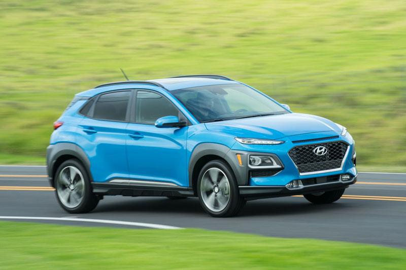 9. Hyundai Kona 2021 (giá khởi điểm: 20.400 USD).