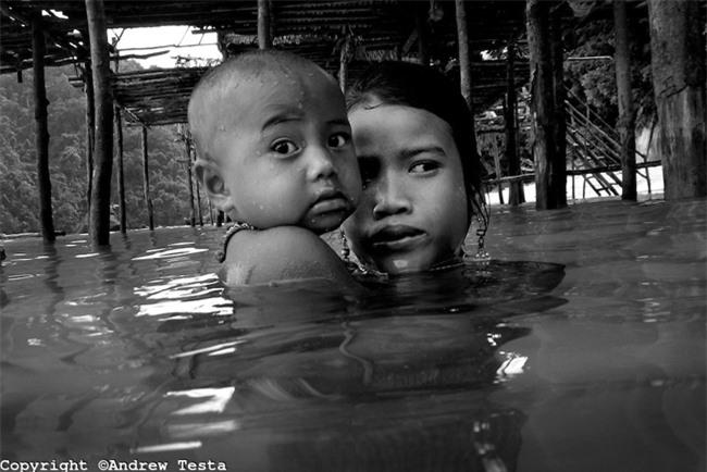 """Trẻ em tộc """"người cá"""" bí ẩn ở Thái - 20"""