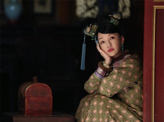 Phía sau quy tắc thị tẩm của dàn cung tần mỹ nữ triều đại nhà Thanh: Mong được lật thẻ bài, nhưng cũng chẳng vui vẻ gì khi nhận ân sủng - Ảnh 2.