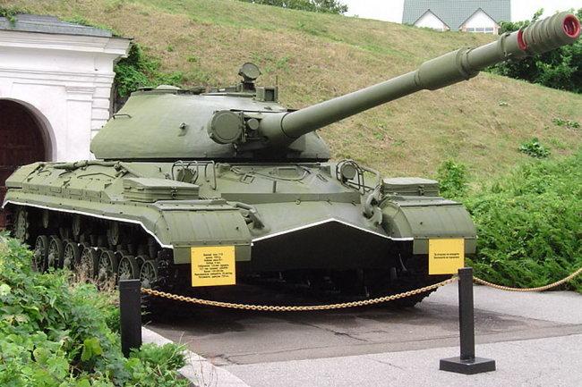Xe tăng hạng nặng T-10 của Liên Xô. Ảnh: Topwar.