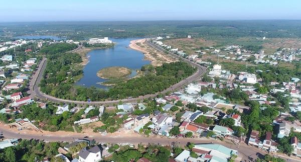 có thể thấy việc thu hồi các dự án chậm triển khai thực hiện của chính quyền địa phương sẽ giúp người dân ổn định cuộc sống, sản xuất và tạo điều kiện thuận lợi để thu hút các nhà đầu tư trong và ngoài nước đầu tư vào Bình Phước.