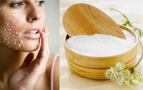 Tẩy da chết hiệu quả nhờ biết cách kết hợp muối với các thành phần khác