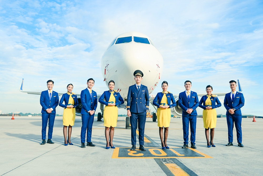 Vietravel Airlines giới thiệu các mẫu thiết kế nhận diện đồng phục chính thức bao gồm: Trang phục tiếp viên, trang phục đại diện hãng, trang phục phòng vé và trang phục phi công.