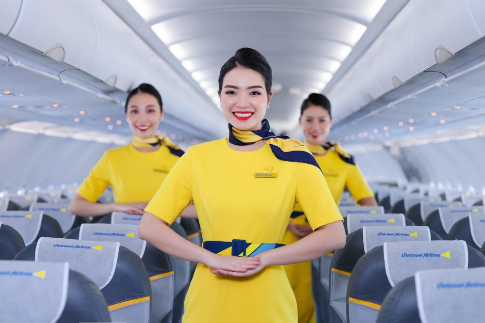Vietravel Airlines dự kiến sẽ khai thác chuyến bay thương mại đầu tiên vào tháng 12/2020. Là hãng hàng không lữ hành đầu tiên của Việt Nam, Vietravel Airlines cam kết đem đến trải nghiệm tuyệt vời cho du khách bằng sự phục vụ chuyên nghiệp và tận tâm.