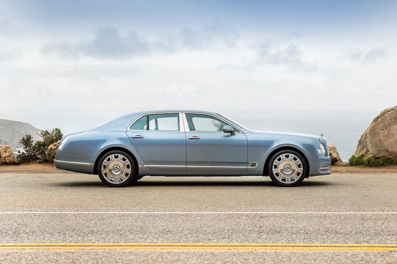 3. Bentley Mulsanne (giá khởi điểm: 304.670 USD).