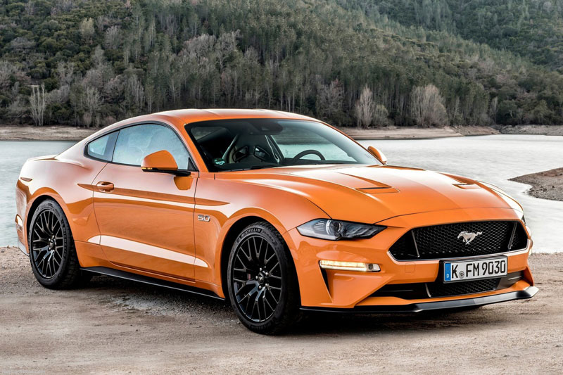 6. Ford Mustang 2021.