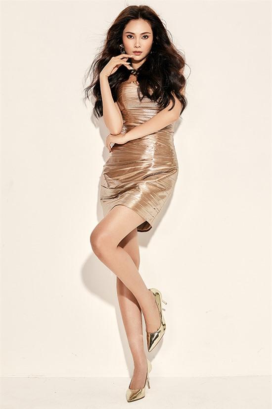 Tuy nhiên, Lưu Hiền Trinh vẫn tiếc nuối vì không kịp cho ra mắt sản phẩm âm nhạc mới trong năm 2020. Nữ ca sĩ đang ấp ủ một album và đặt quyết tâm sẽ biến nó thành hiện thực trong năm sau.