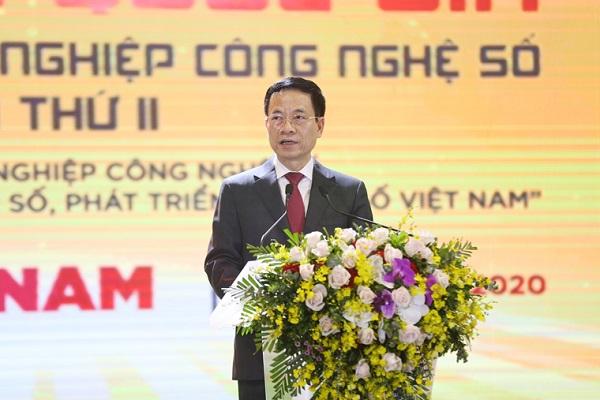 Bộ trưởng Bộ TT&TT Nguyễn Mạnh Hùng phát biểu tại Diễn đàn Diễn đàn quốc gia phát triển doanh nghiệp công nghệ số Việt Nam năm 2020.