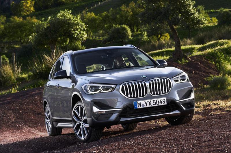 1. BMW X1 2020 (giá khởi điểm: 35.200 USD, điểm tổng thể: 8,4/10).
