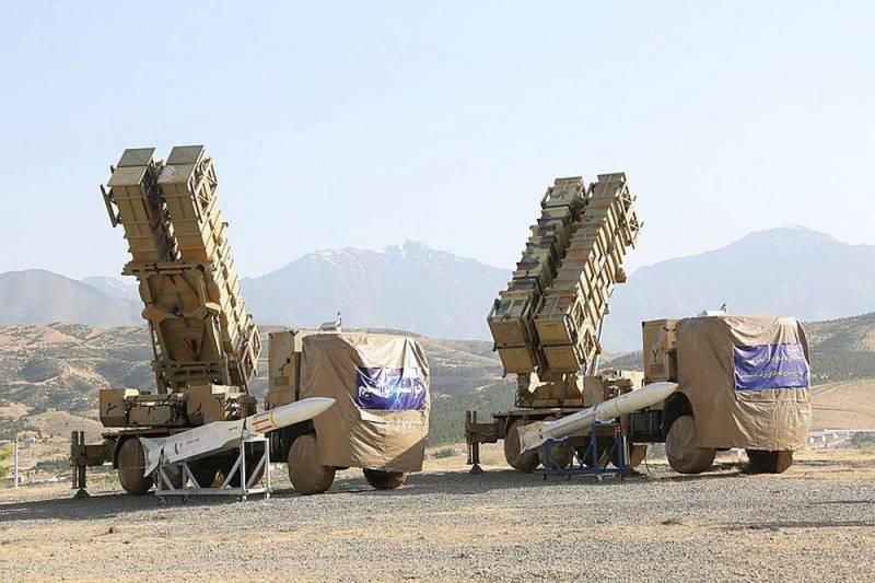 Iran đang tăng cường tên lửa phòng không xung quanh các cơ sở làm giàu Uranium. Ảnh: Reporter.