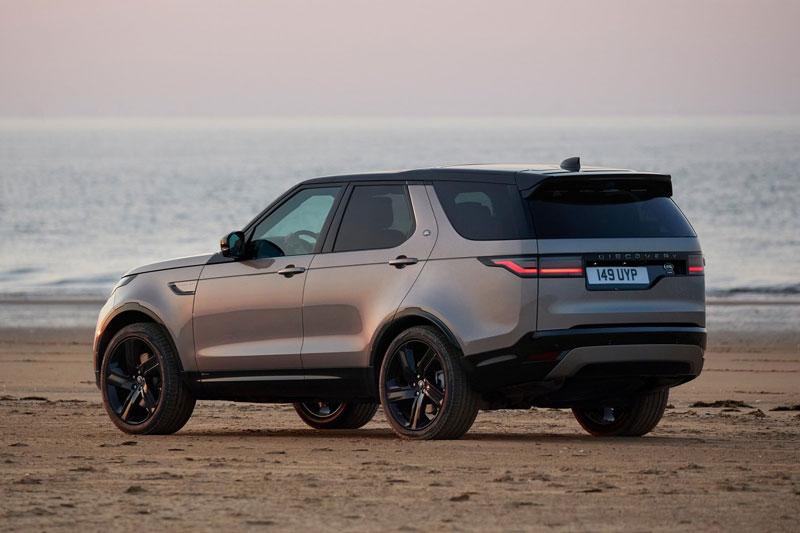 2. Land Rover Discovery 2020 (khoảng sáng gầm: 282 mm).