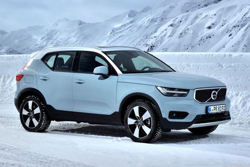 3. Volvo XC40 2020 (giá khởi điểm: 33.700 USD, điểm tổng thể: 8,3/10).