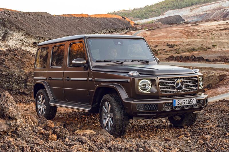 9. Mercedes-Benz G-Class 2020 (khoảng sáng gầm: 241 mm).
